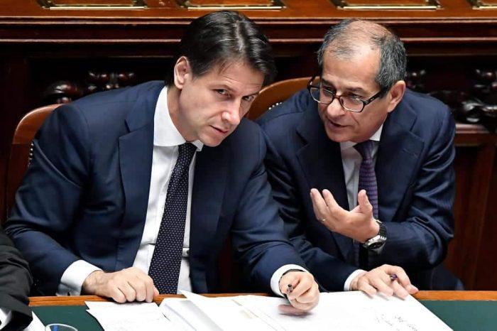 Risultati immagini per immagine italia in festa per la manovra finanziaria